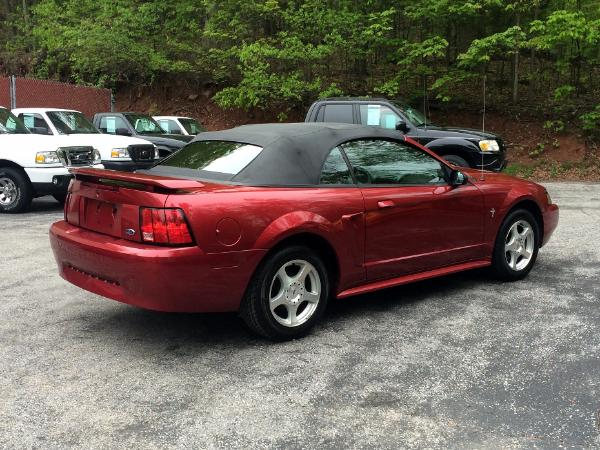 2003 red ford mustang convertible. Black Bedroom Furniture Sets. Home Design Ideas